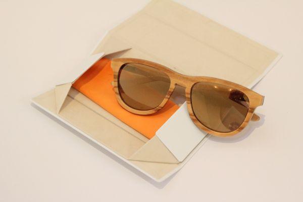 Sonnenbrille aus Olivenholz