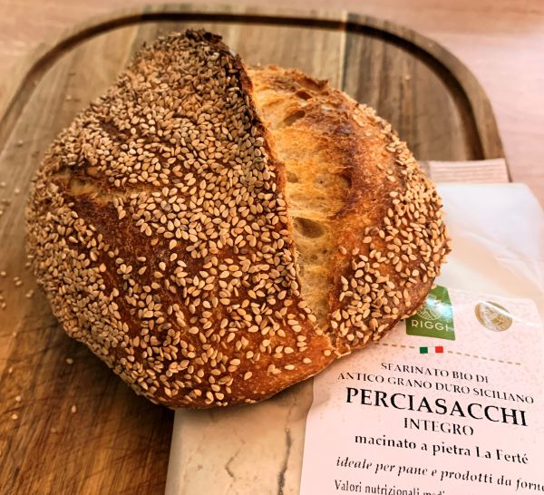 Brot-mit-Urgetreide-Bio-Hartweizen-Vollkornmehl-Perciasacchi-integraBaeJQkhFKaXkA
