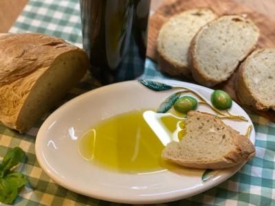 Olivenol-dalla-mamma-aus-Sizilien